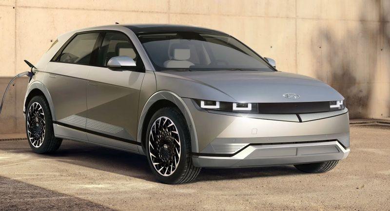 هيونداي تكشف عن أيونيك 5 2022 الكهربائية الجديدة كليًا