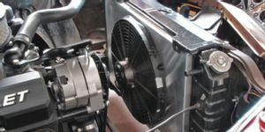 تعرف على أبرز أسباب عمل مروحة التبريد دون توقف وخطورتها على محرك السيارة