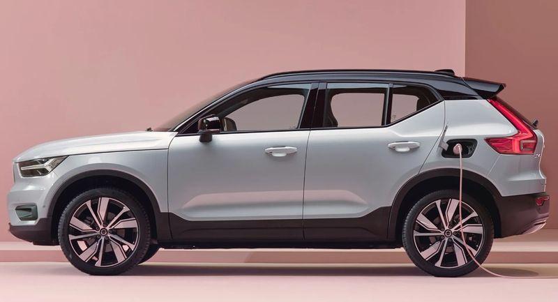 فولفو هي أول شركة سيارات تحصل على أعلى تقييمات السلامة لجميع موديلاتها