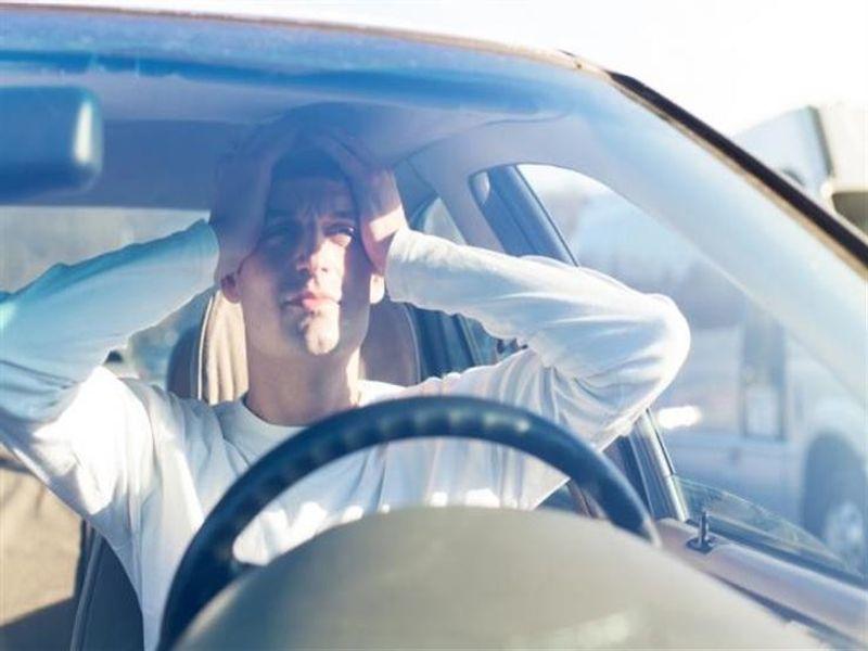 نصائح هامة يجب اتباعها تجنبك دوار الحركة والغثيان أثناء السفر بالسيارة
