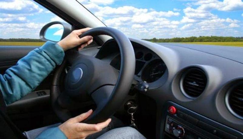 ما هي أبرز الأسباب التي تؤدي إلى اهتزاز وارتجاج السيارة أثناء القيادة؟