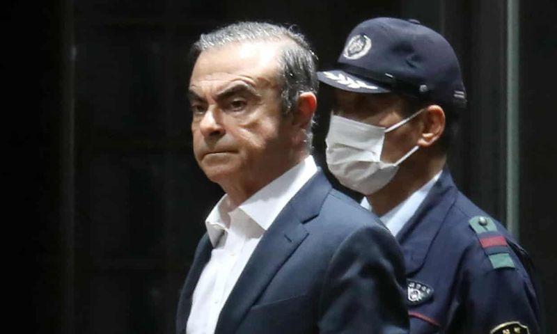 تقارير: كارلوس غصن استقل قطارا سريعا من طوكيو لاوساكا قبل هروبه بالطائرة