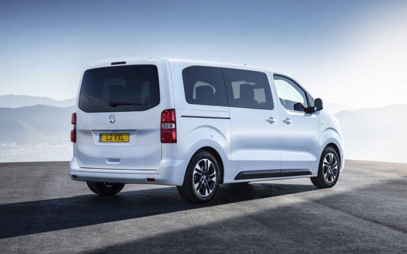 اوبل تكشف رسمياً عن سيارة Vivaro Life بـ 9 مقاعد