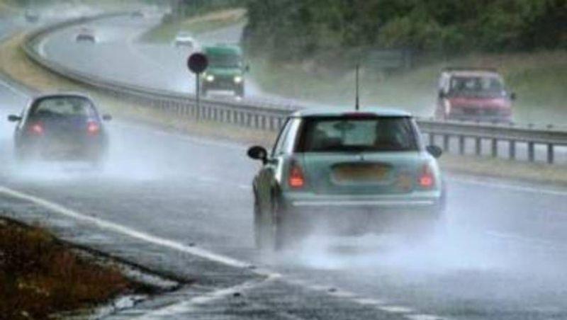 9 نصائح للقيادة الآمنة لتفادي حوادث السير أثناء سوء الأحوال الجوية