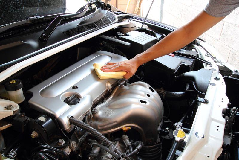 7 خطوات يمكنك بها التأكد من سلامة رأس محرك سيارتك بنفسك