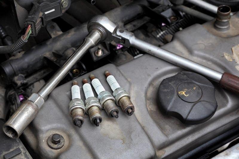 تعرف على مؤشرات تلف البواجي وأضرارها على السيارة!