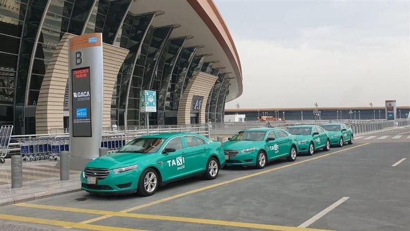 تدشين مركبات الأجرة المتطورة الجديدة في مطار الملك خالد بالرياض