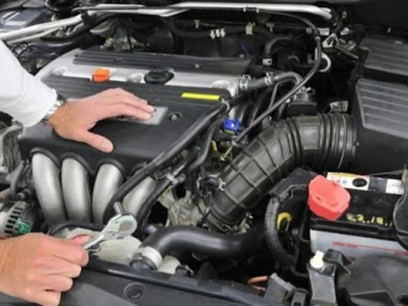 حيلة بسيطة يمكنك بها فحص سلامة رأس محرك سيارتك بنفسك!