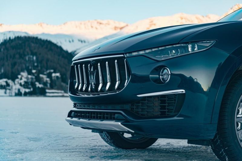 """مازيراتي تعرض سيارة """"ليڤانتي"""" من سلسلة """"رويال"""" الخاصة في بطولة """"كأس العالم للبولو على الجليد في سانت موريتز"""""""