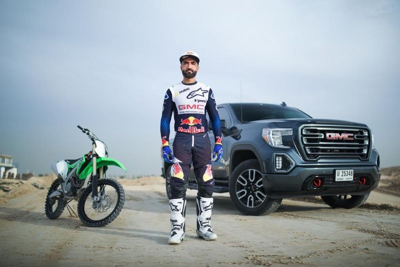 جي ام سي تتعاون مع بطل رياضة الدراجات النارية الموتوكروس، محمد البلوشي للعام الثاني على التوالي