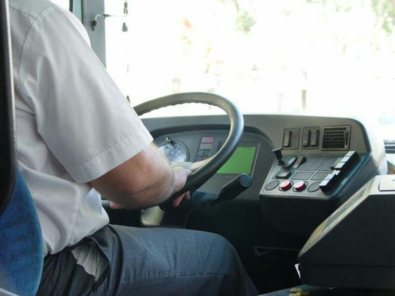 أبرز المخالفات في اللائحة الجديدة لنشاط النقل وتأجير الحافلات