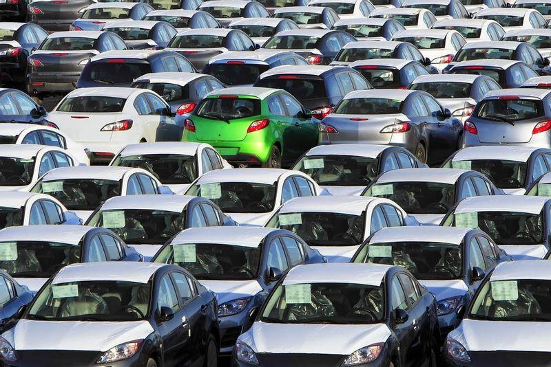 ما هي الشروط الواجب توافرها في السيارة المستعملة لاستيرادها من الخارج؟