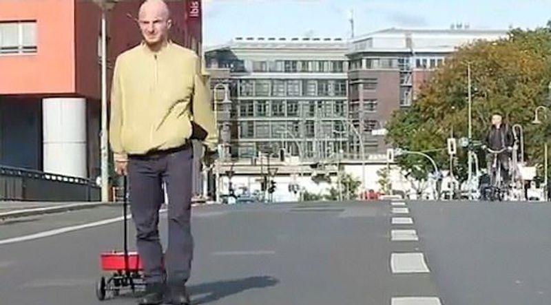 """""""بالفيديو"""" مخترق ألماني يخدع خرائط جوجل ويغلق شوارع برلين!"""