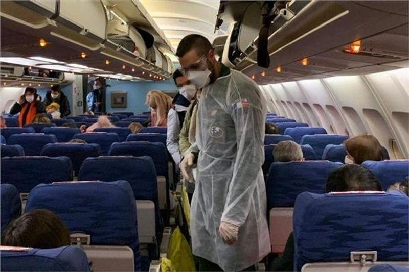 هل السفر الجوي يعزز من انتقال فيروس كورونا بين المسافرين؟