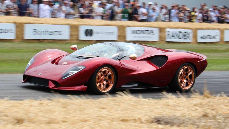 إطلاق السيارة الرياضية الإيطالية الرائعة دي توماسو P72