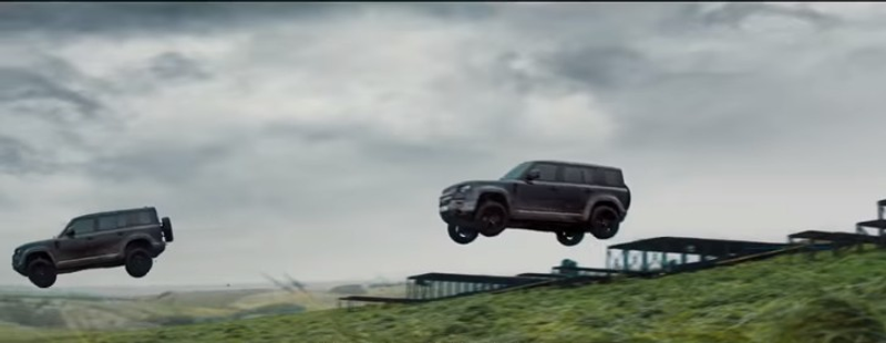"""""""بالفيديو"""" لاندروفر ديفندر تقدم مطاردات وقدرات مذهلة في فيلم جيمس بوند القادم"""