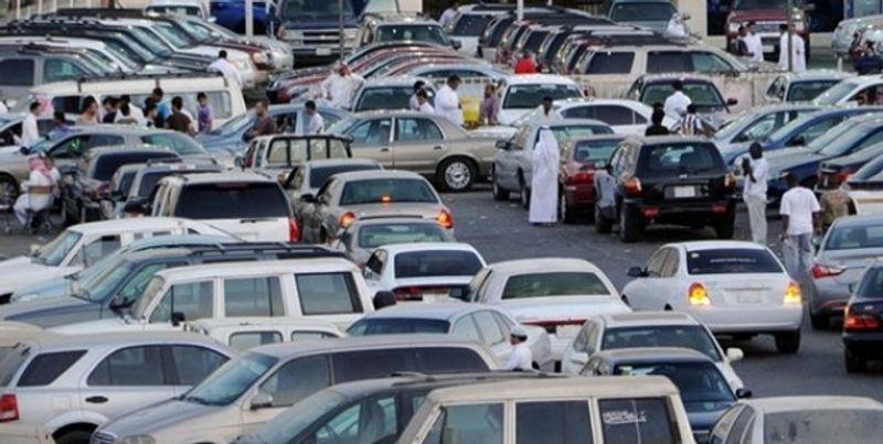 هل يمكن نقل ملكية السيارة بين الأشخاص دون وجود رخصة قيادة؟ المرور يرد