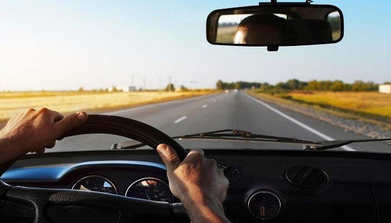 هكذا يمكنك قيادة سيارتك أقصى مسافة بخزان وقود شبه فارغ