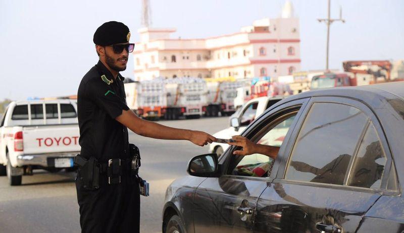 ما هي مهلة تجديد رخصة السير دون غرامة؟ المرور يوضح
